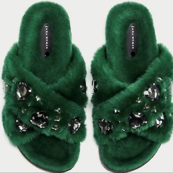 6ee4181a295 Zara green faux fur jeweled slides sz 7.5